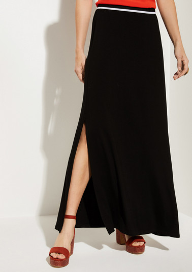 Long jersey skirt with fine details from comma