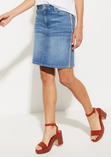 Classic denim skirt in a vintage look from comma