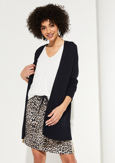 Long cardigan with fine details from comma