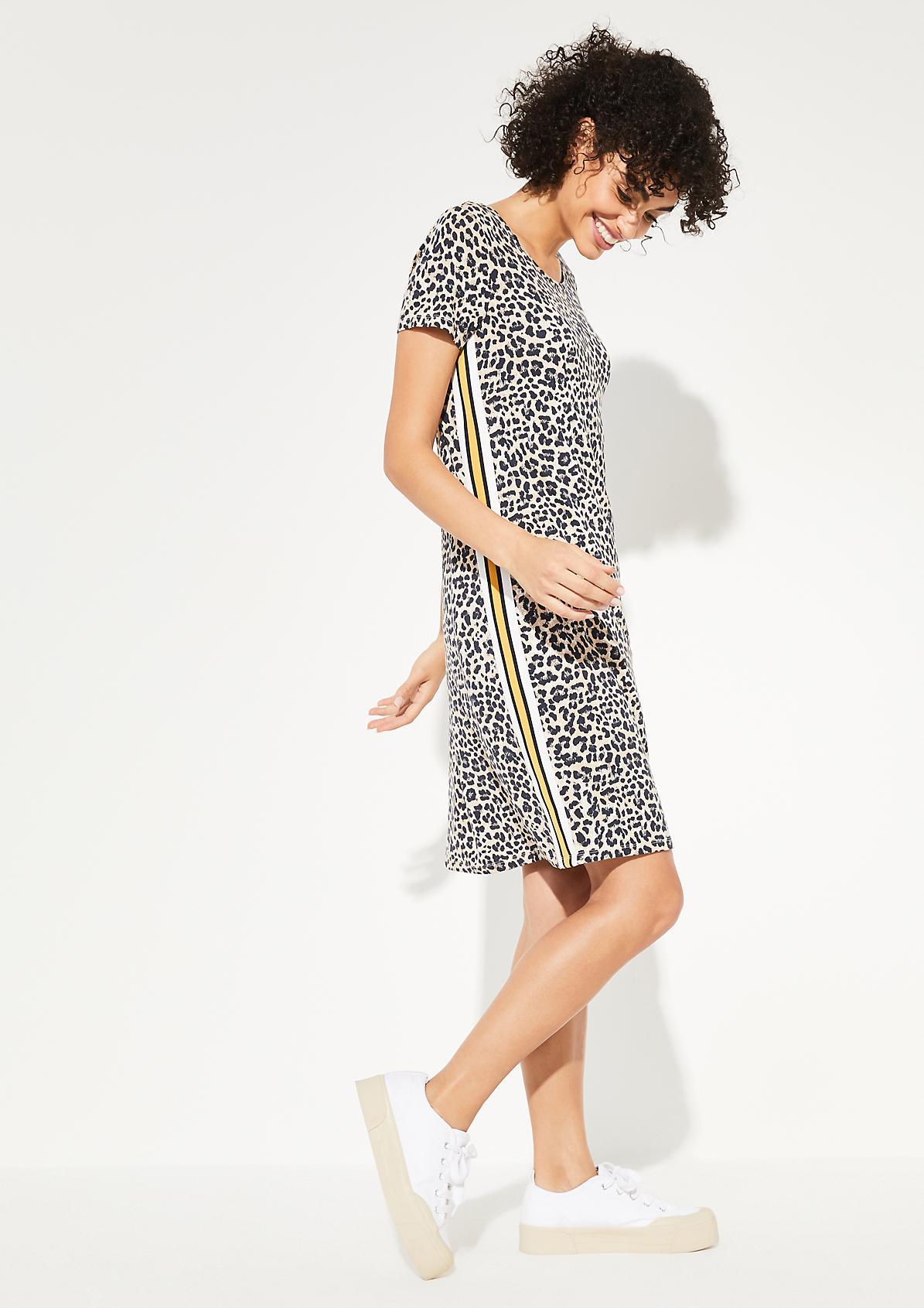 Jerseykleid mit Leoparden-Alloverprint