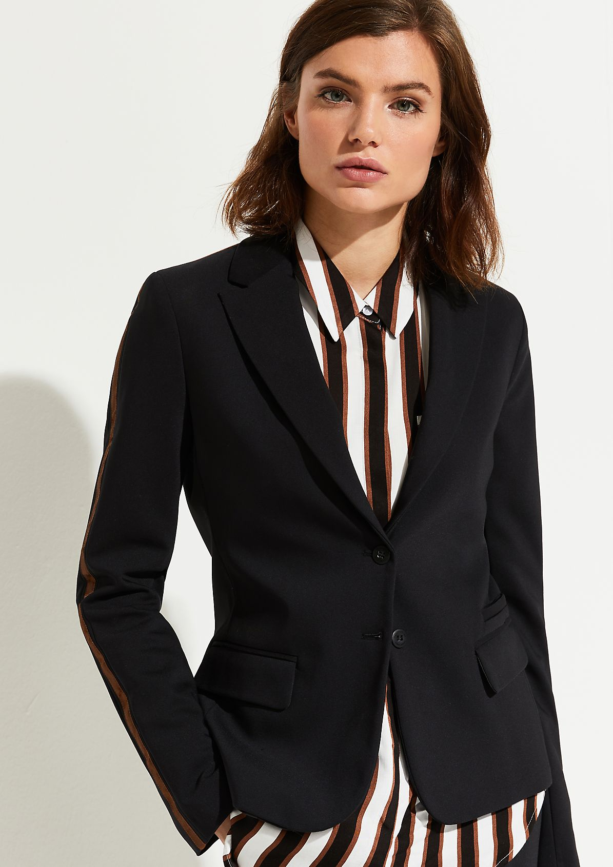 Business blazer with sleeve stripes from comma