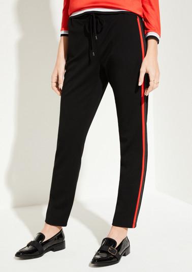 Pantalon d'intérieur à rayures bicolores sur les côtés de Comma