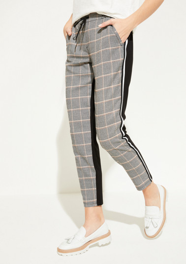 Lounge trousers with a pepita pattern from comma