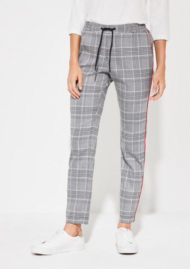 Lounge trousers with a Prince of Wales check pattern from comma
