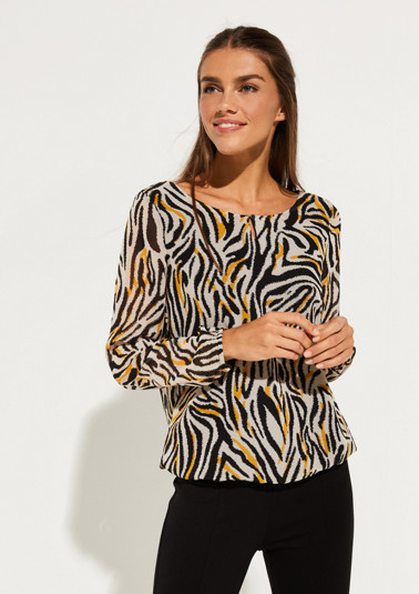 Delicate chiffon blouse with a decorative all-over pattern from comma