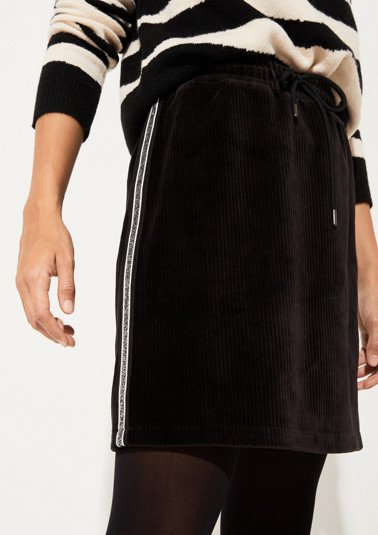 Short thick corduroy skirt with side stripes from comma