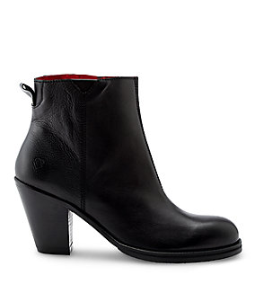 Smooth leather ankle boots LS0121 from liebeskind