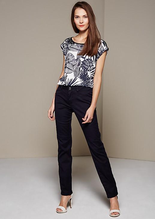 Extravagante Jeans mit aufregenden Steppungen
