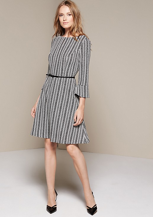 Extravagant dress with a beautiful jacquard pattern from comma