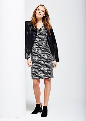 Elegant business dress with an all-over print in an op art look from comma