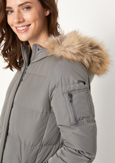 Quilted jacket with an integrated hood from comma