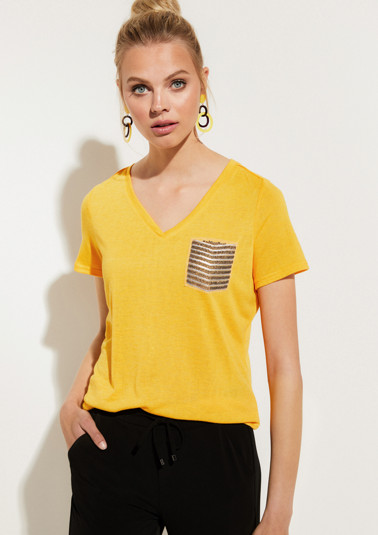 Short sleeve knit top with sequin embellishment from comma