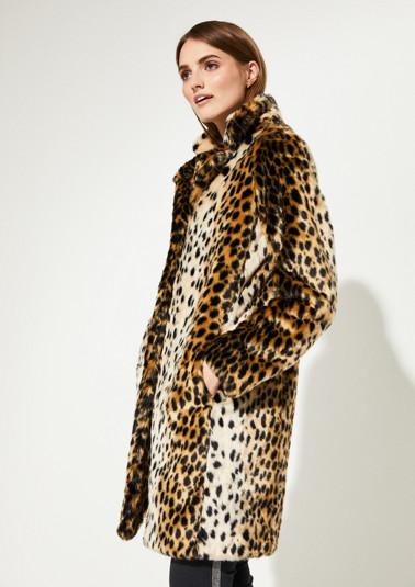 Kuscheliger Mantel in Leopardenoptik