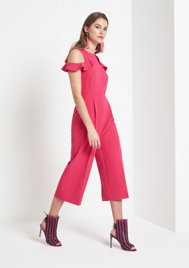 Extravagant jumpsuit embellished with flounces from comma