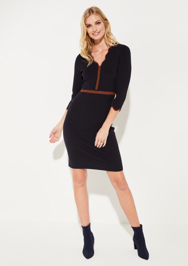 Knit dress with 3/4-length sleeves and sophisticated details from comma