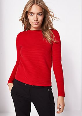 Short knitted jumper in a ribbed finish from comma
