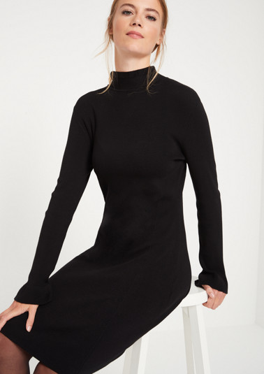 Fine knit dress with a stand-up collar from comma