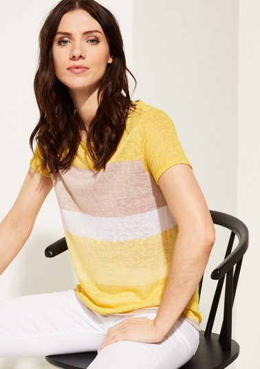 Lightweight short sleeve top with a striped pattern from comma