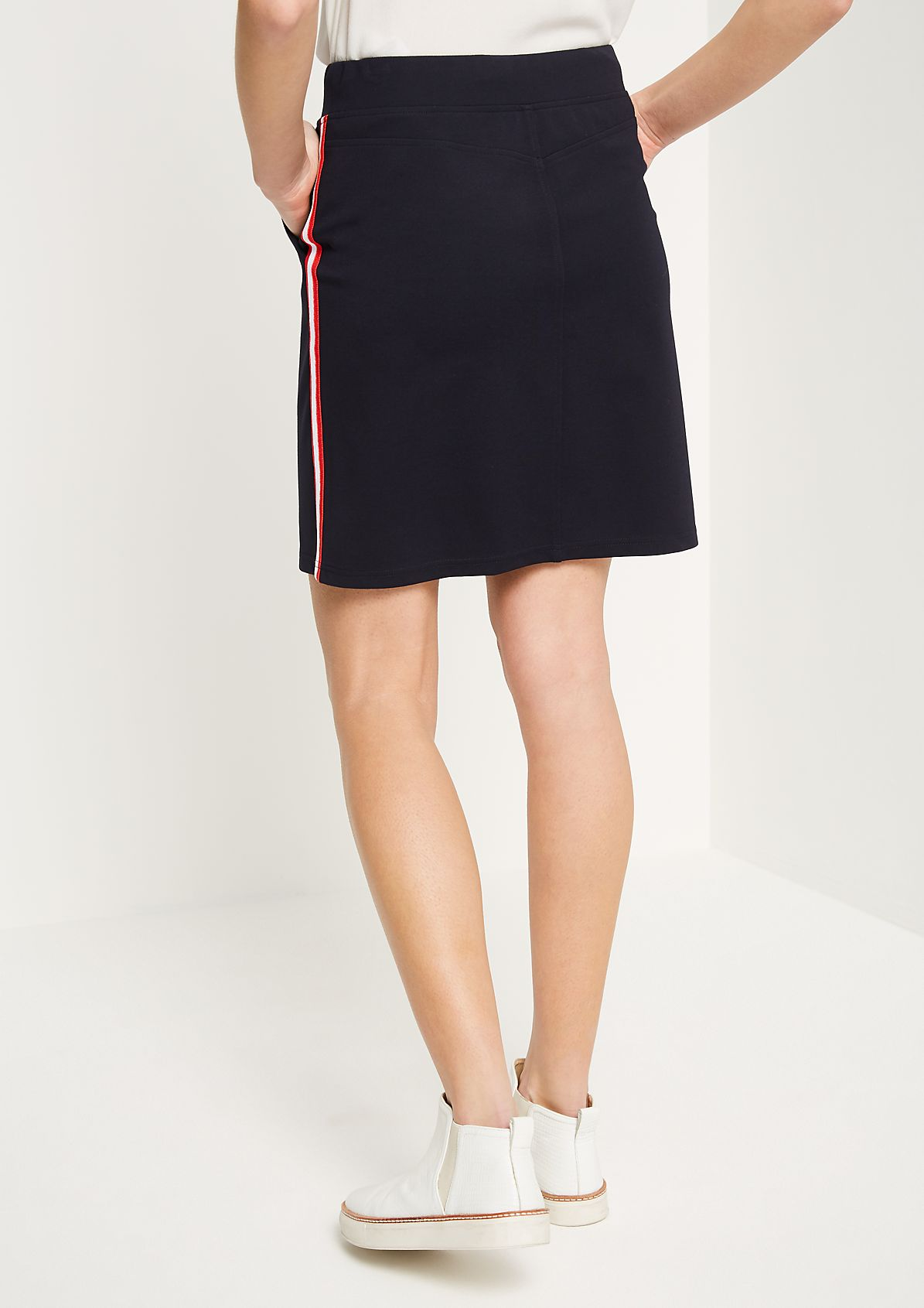 Short jersey skirt with side stripes from comma