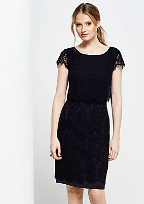Elegant evening dress in delicate lace from comma
