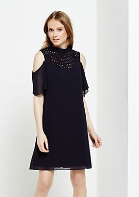 Elegant crêpe dress with sophisticated details from comma