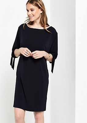 Lightweight crêpe dress with short sleeves from comma