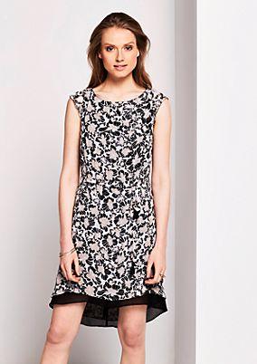 Sommerkleid aus Krepp mit farbenfrohem Muster