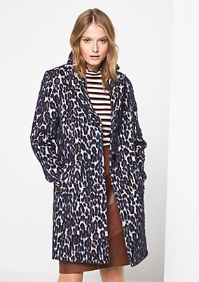 Warm winter coat in a leopard look from comma