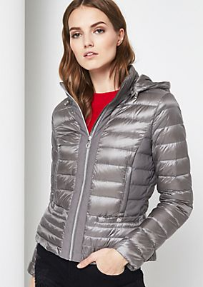 Ultra-lightweight down jacket with a button-off hood from comma
