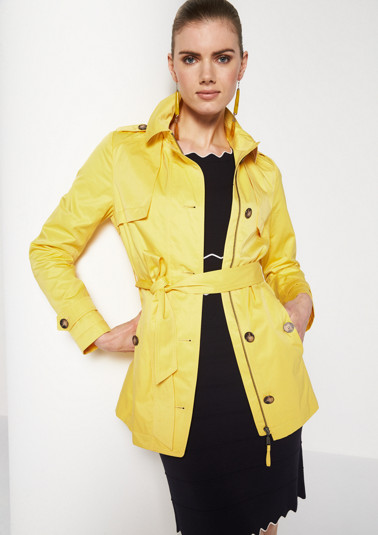 Short coat with a wide fabric belt from comma