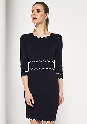 Smart pencil dress with 3/4-length sleeves and a textured pattern from comma