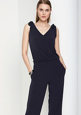 Elegant jumpsuit with knot details from comma
