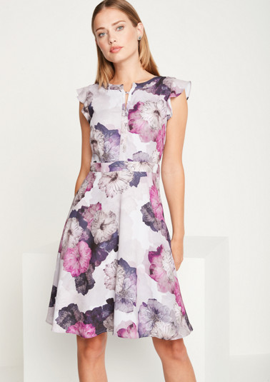 Crêpe evening gown with a colourful floral print from comma