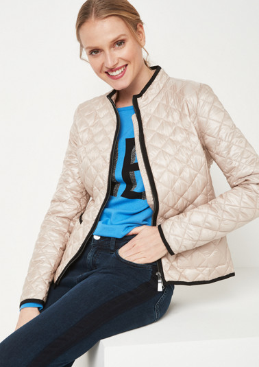 Short outdoor jacket with diamond quilting from comma