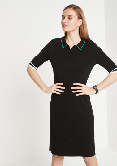 Sporty knitted dress with short sleeves and a turn-down collar from comma