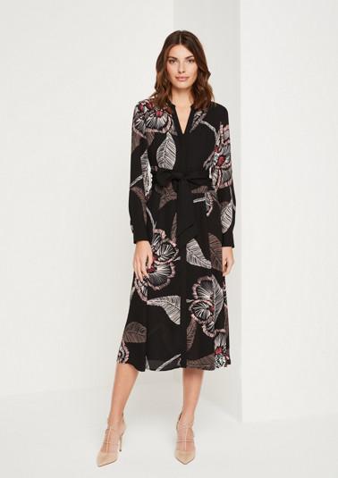 Délicate robe chemisier en crêpe à rayures verticales de Comma
