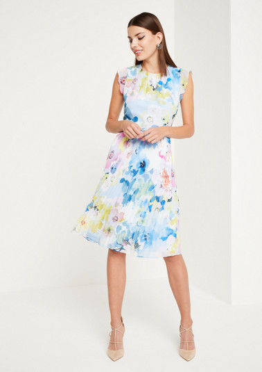Summery chiffon dress with a floral all-over floral print from comma