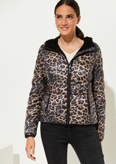 Soft quilted jacket with a leopard print from comma
