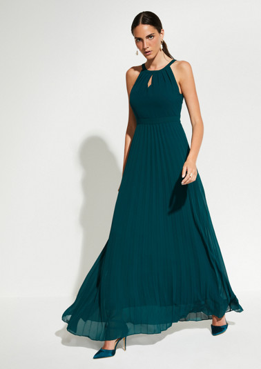 Delicate chiffon dress in a maxi length from comma