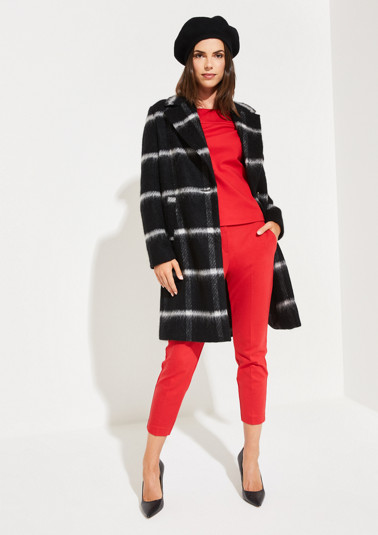 Coat with a windowpane check pattern from comma