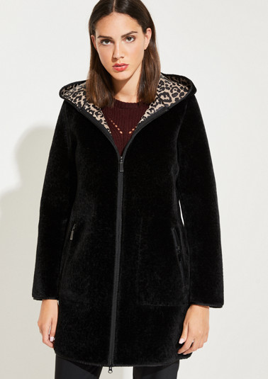 Faux fur coat with a hood from comma