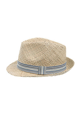 Straw hat in a Trilby style from s.Oliver
