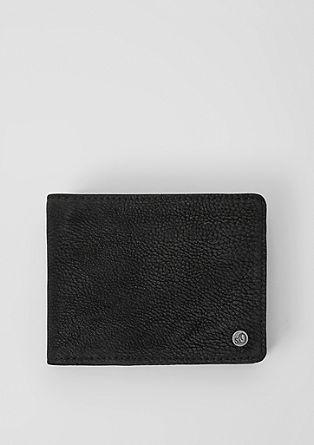 Peněženka se vzhledem velurové kůže