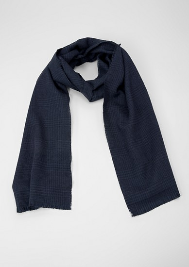 Prince of Wales check scarf from s.Oliver