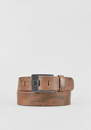Striking leather belt from s.Oliver