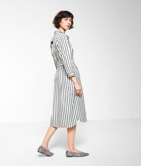 Baumwollkleid mit Streifen