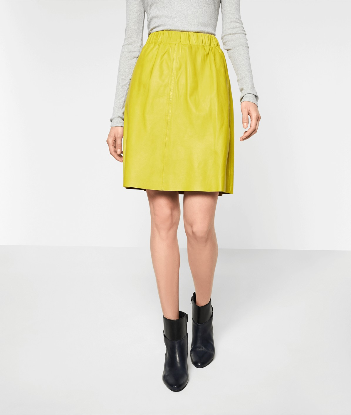 dcb4c63587 ... Soft leather skirt from liebeskind ...