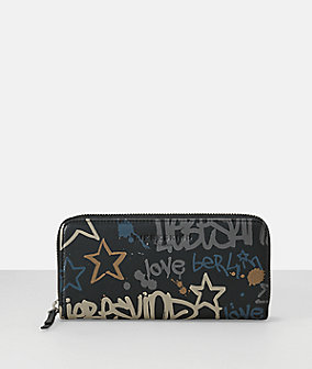 Purse with a graffiti pattern from liebeskind