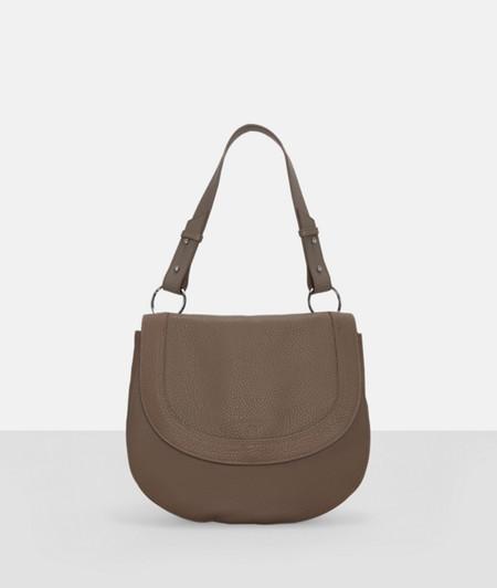 Handtasche mit Oversize-Karabinerringen