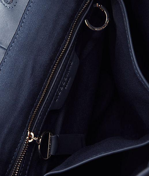 Rucksack mit Karabinerverschluss